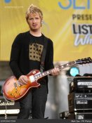 one-republic-drew-brown-one-republic-performs-on-abcs-good-morning-america-summer-concert-series-july-11-2008-0t33db.jpg